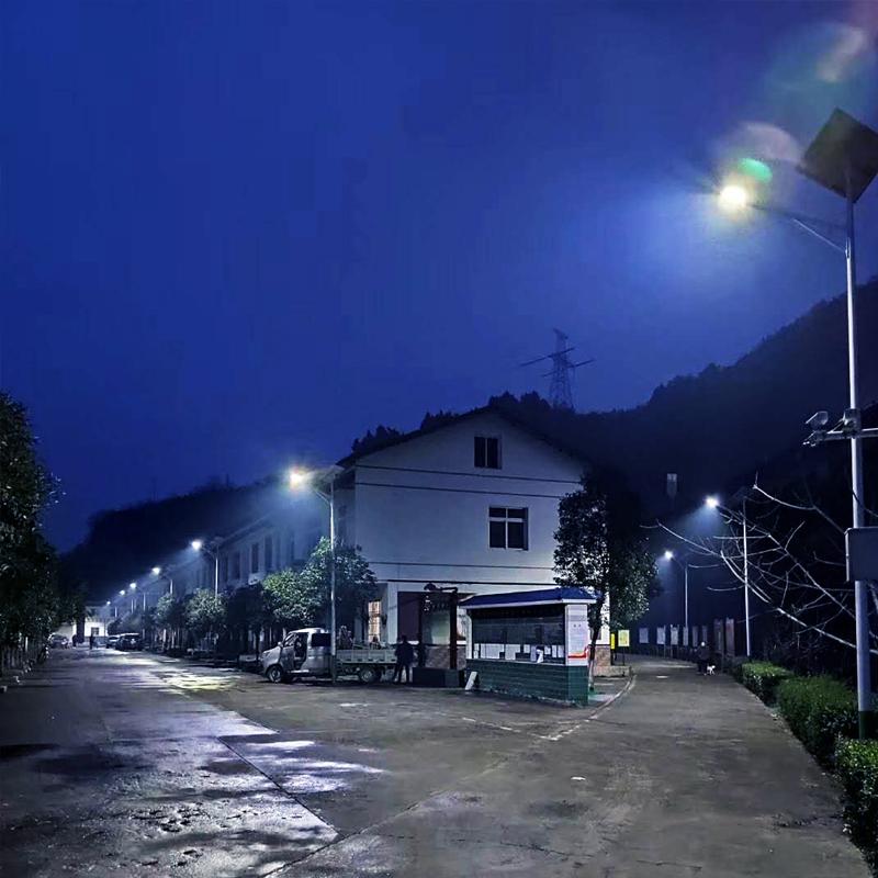 四川广元6米30W太阳能路灯